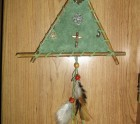 Indian wall hanger (totem pole)